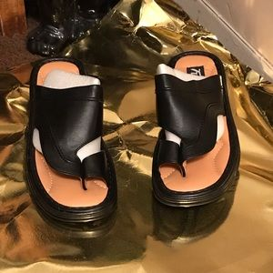 Shoes - Men Black Leather Sandals